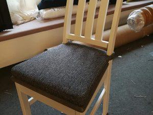 Sisustustekstiilit mittatilaustyönä - tuolien istuintyynyt | Verho-ompelimo Helena Röppänen, Tampere